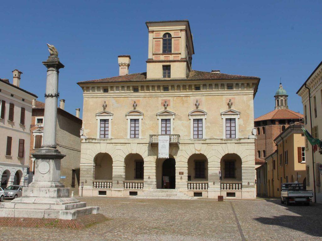 Comune e Piazza di Sabbioneta, Mantova