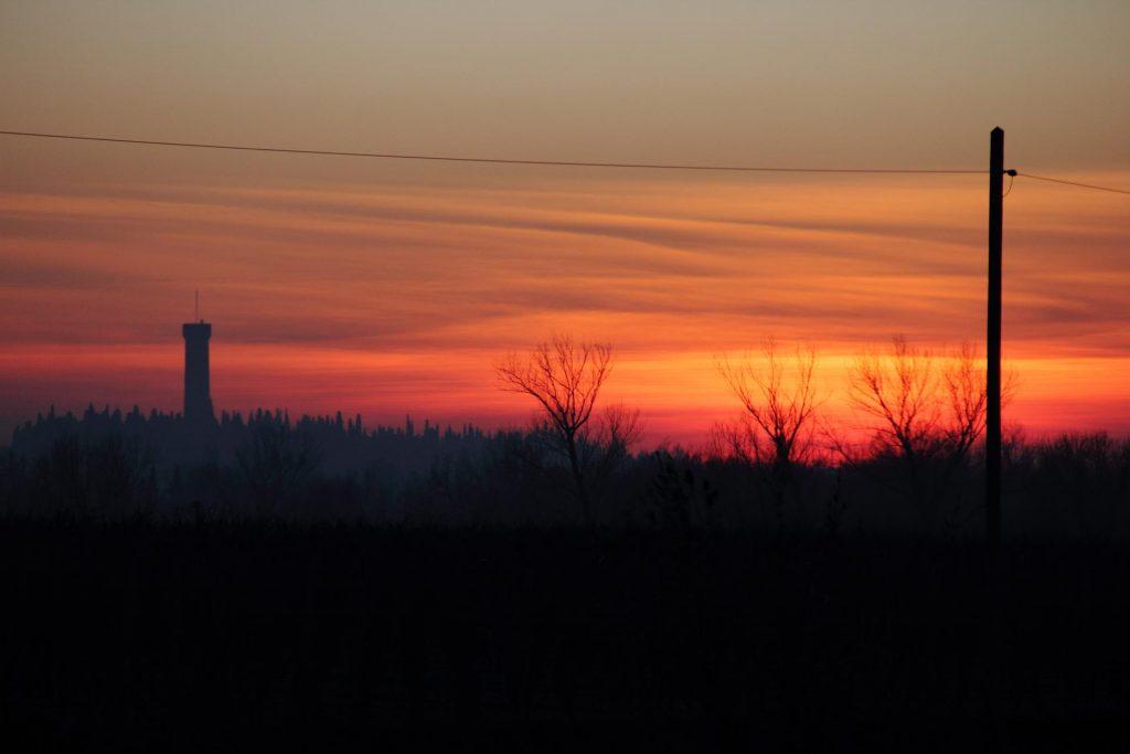 Torre di San Martino della Battaglia al tramonto